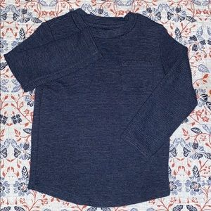 3T dark blue long sleeve T-shirt with pocket